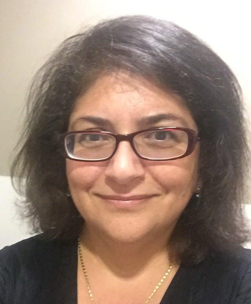 Mona Saleh BSc FHGSA (GC) PhD  @DNAdownunder  Senior Genetic Counselor and Program Leader at  Centre for Genetics Education